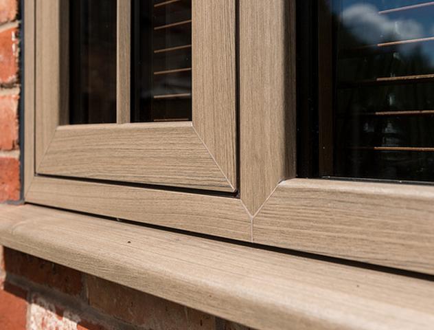 Grey Oak R9 Window
